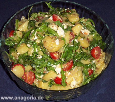 rezept f r kartoffelsalat mit tomaten schafsk se und ruccola. Black Bedroom Furniture Sets. Home Design Ideas